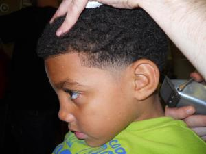 a-taper-haircut-with-afro-fade-tallahassee-barbershop